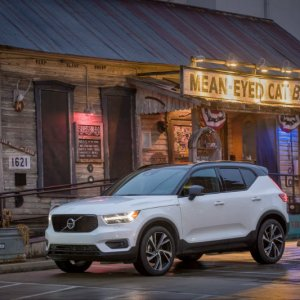 2019 volvo xc40 EPA rating